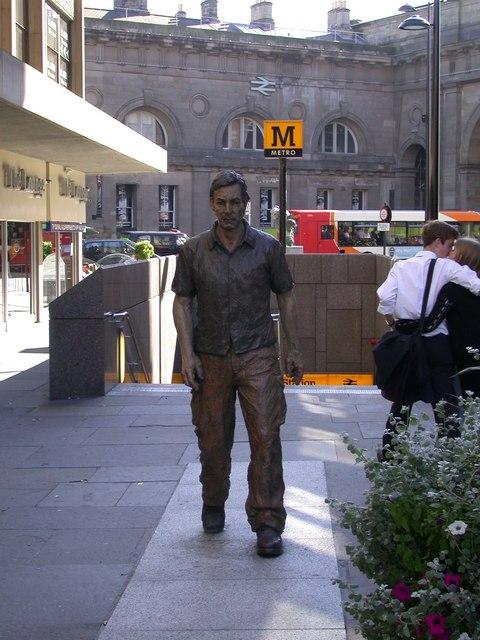 Street Sculpture (2)