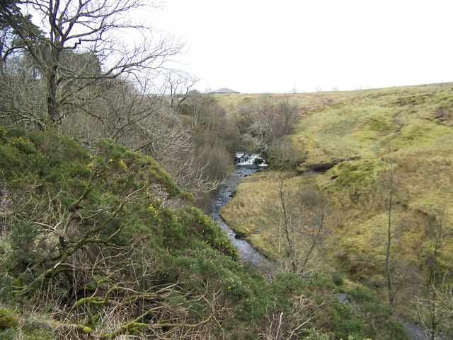 Waterfall from the Greenock Cut
