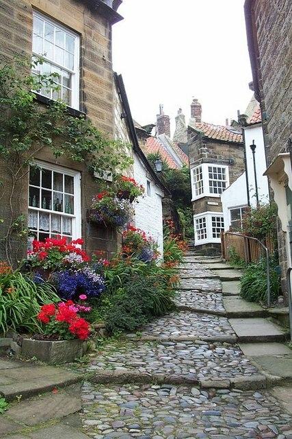 A side street in Robin Hood's Bay
