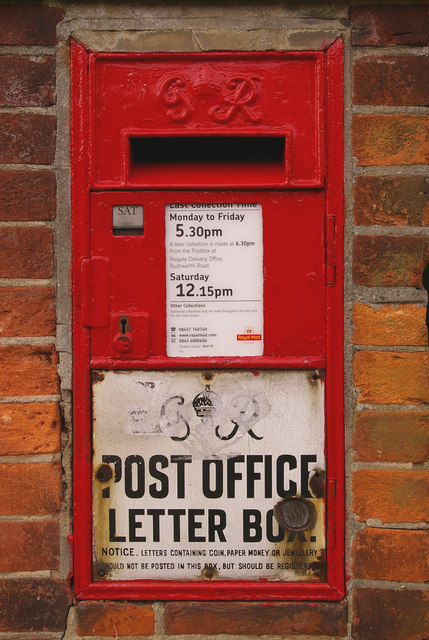 Postbox in Nutley Lane