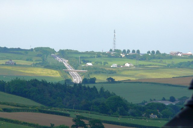 A39 Atlantic Highway & Mast at Holmacott