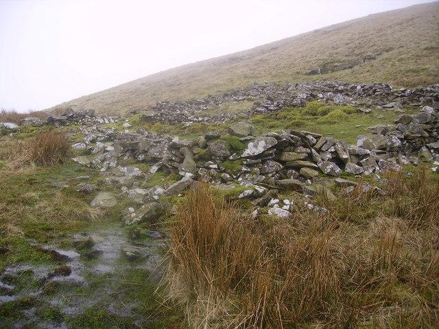 Sheepfold, Lune Source