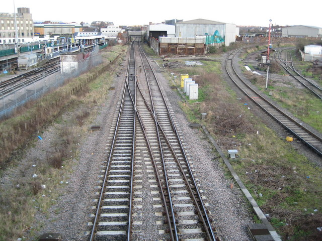 Neasden: Network Rail trackwork (2)