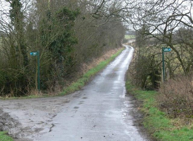 Public Bridleway crossing Cottage Lane