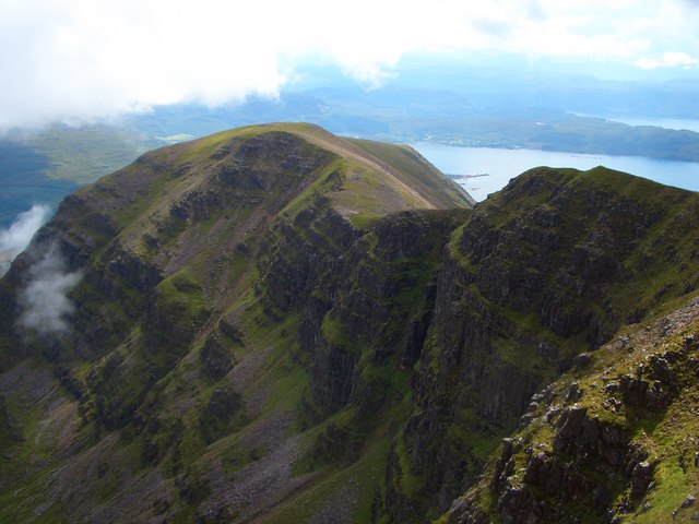 Southern wall of Coire na Feola