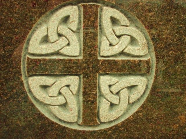 Celtic Carving On Headstone, Linn Cemetery