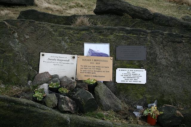 Memorials on Standedge