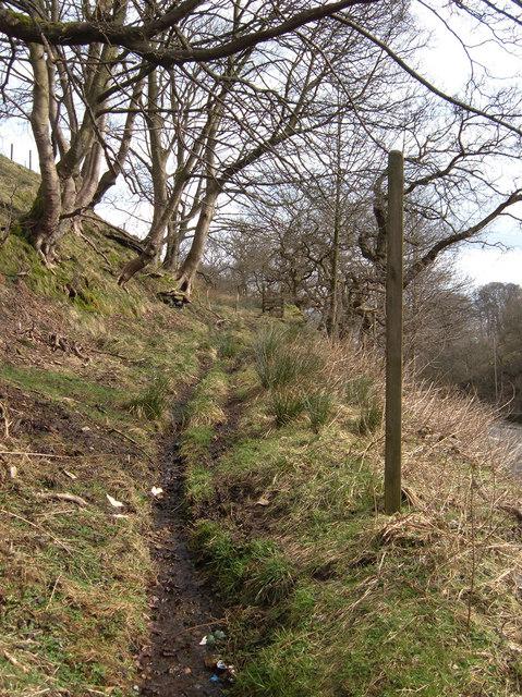 Footpath to Gauxholme