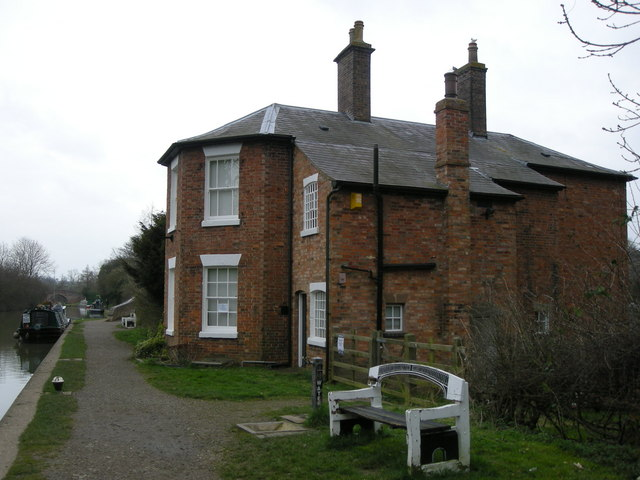 Braunston-The Stop House