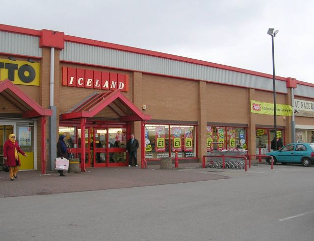 Iceland - Woodhall Retail Park