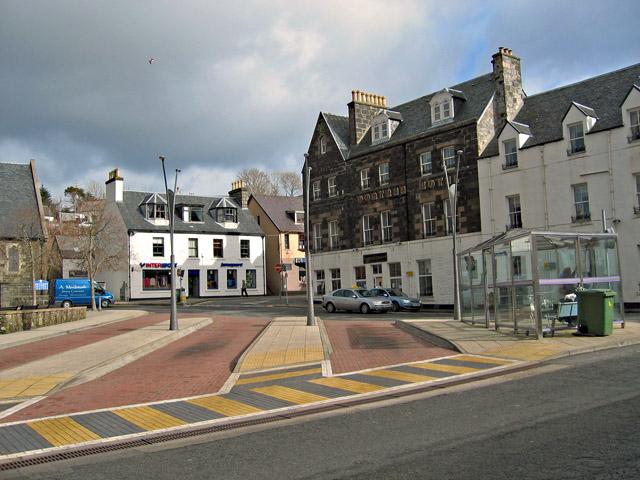 Somerled Square