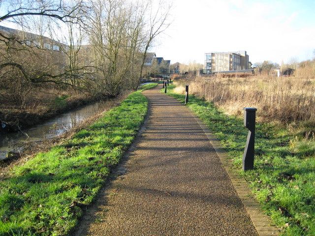 Oxford Science Park: Footpath from Minchery Farm