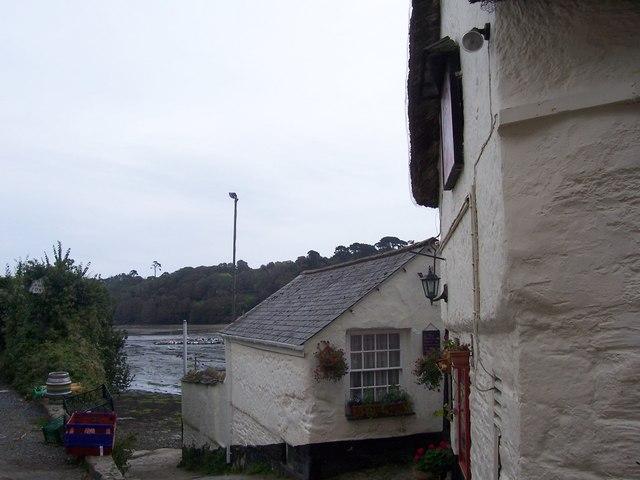 Shipwright  Arms, Helford