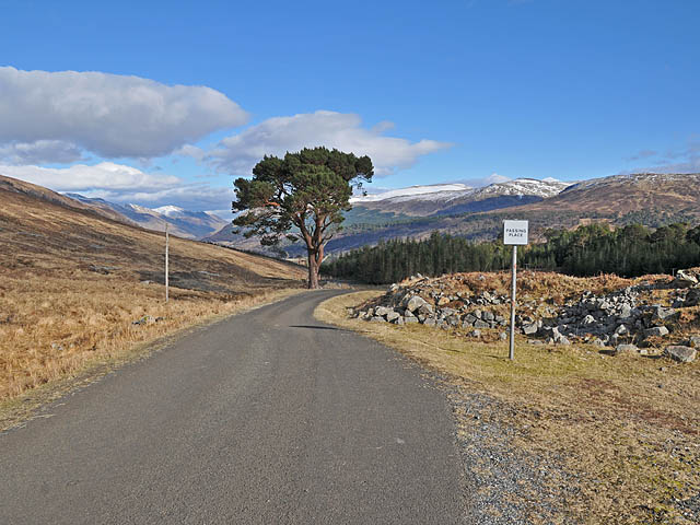 The road to Loch an Daimh