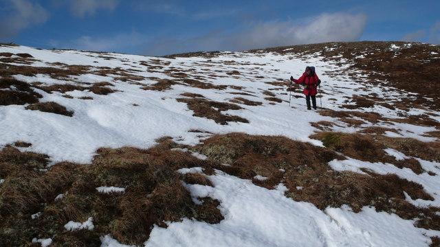 Descending to Loch nan Amhaichean
