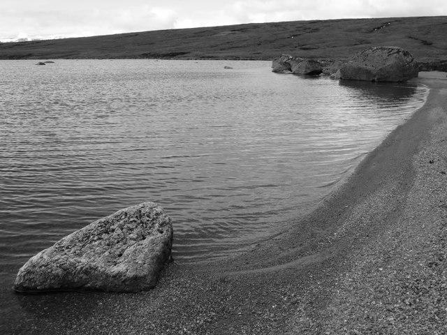 Shore of Loch nan Amhaichean