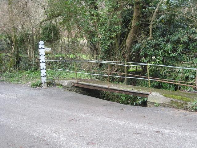 Footbridge over ford at Hustyn Mill