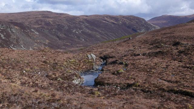 Burn flowing from Loch Bealach Culaidh