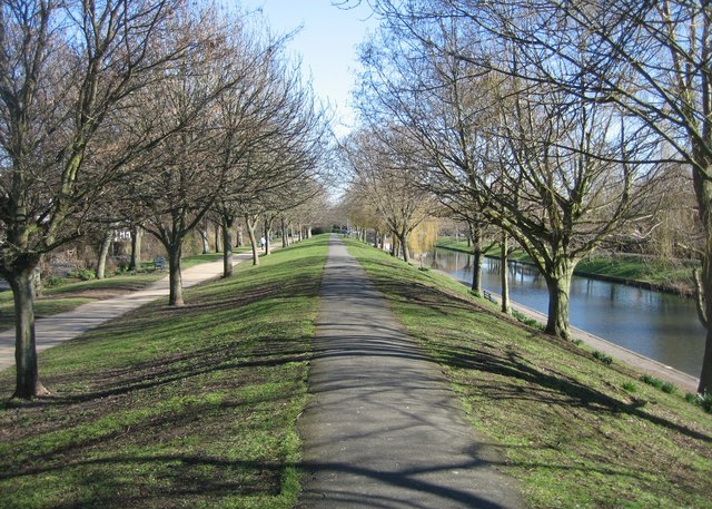 Royal Military Canal - parapet path