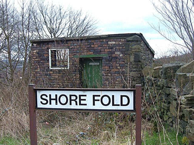 Shore Fold, Shore