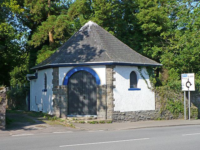 Cemetery Lodge, Risca Road