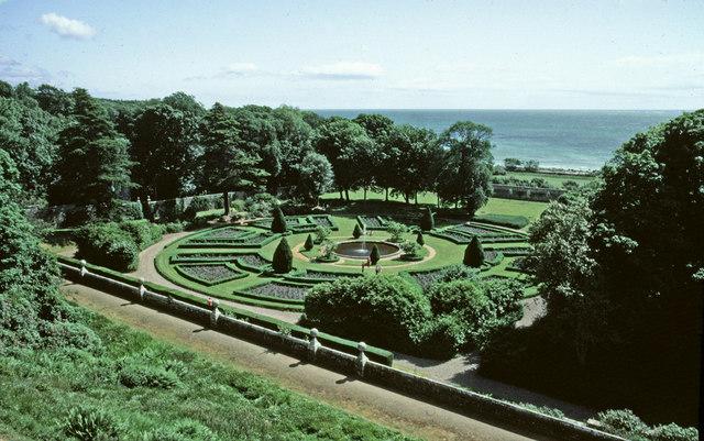 Garden, Dunrobin Castle, Sutherland
