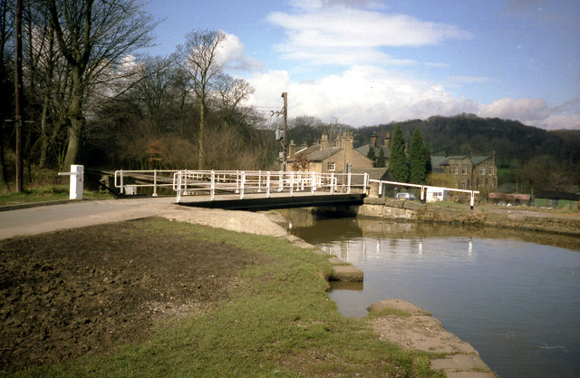 Hurst Mill Swing Bridge 207, Leeds and Liverpool Canal
