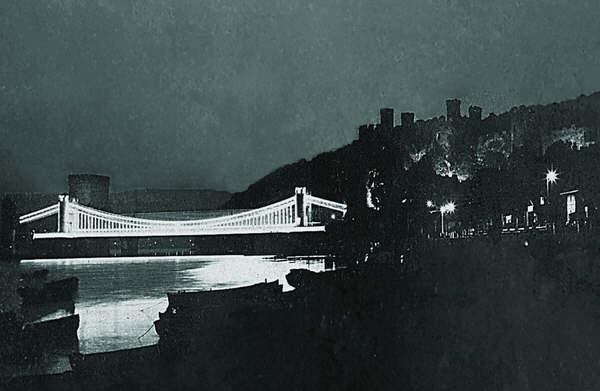Conwy suspension bridge at night
