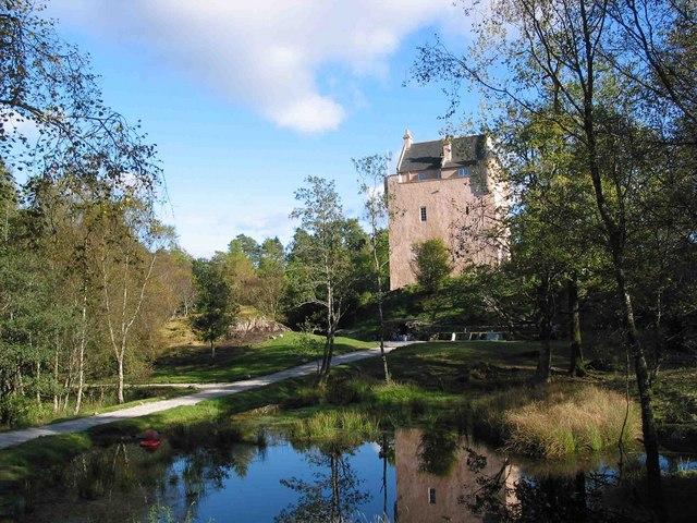 Kinlochaline castle