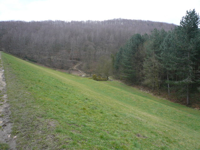 Linacre - View of Top Dam
