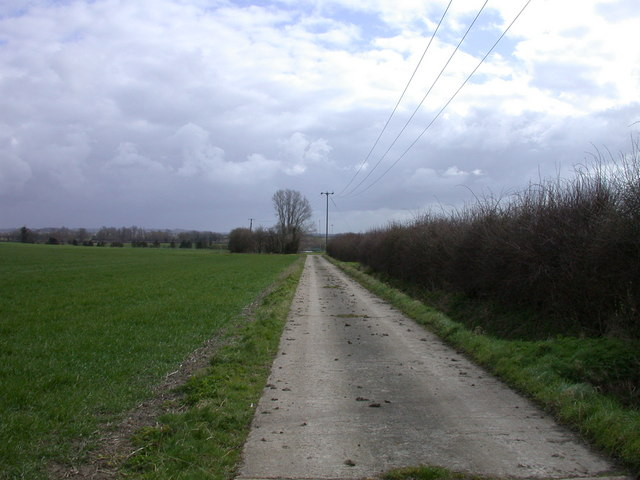 Track to Haslingfield Sewage Works