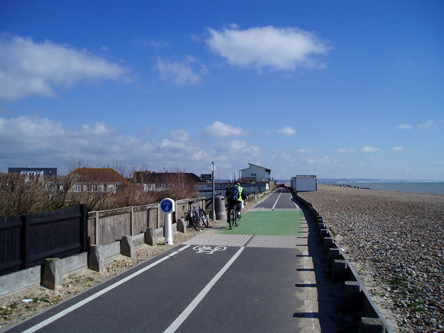 Worthing to Shoreham cycle track
