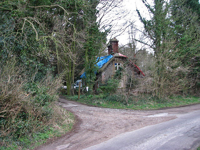 Entrance to driveway leading to Hall Farm