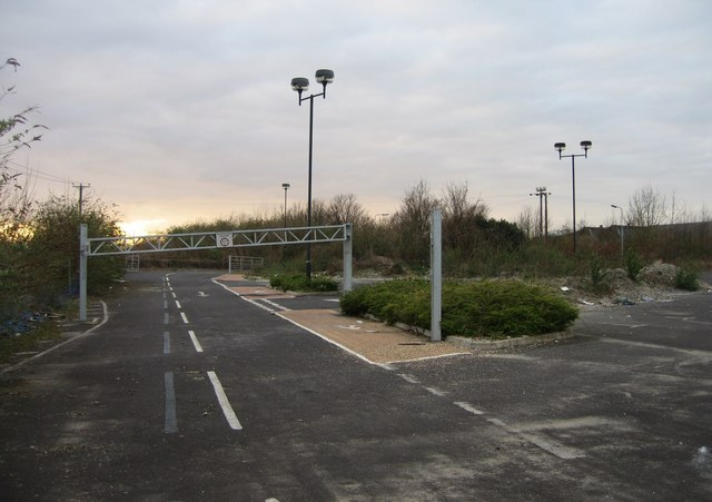 View of derelict Park & Ride (7)