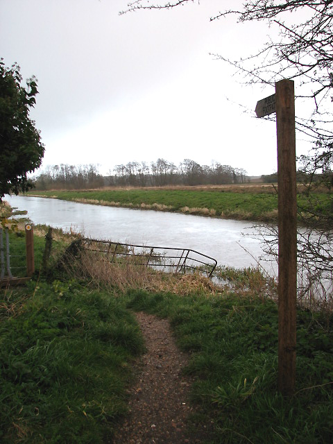 Footpath along the River Bure