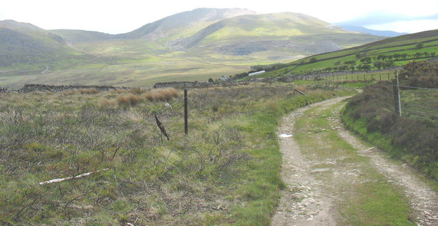 Old quarrymen's track leading to Pen-y-bwlch