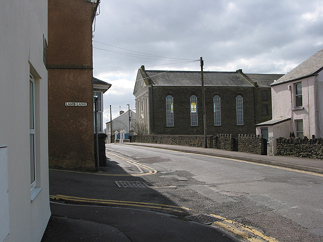 Approaching the Baptist Chapel