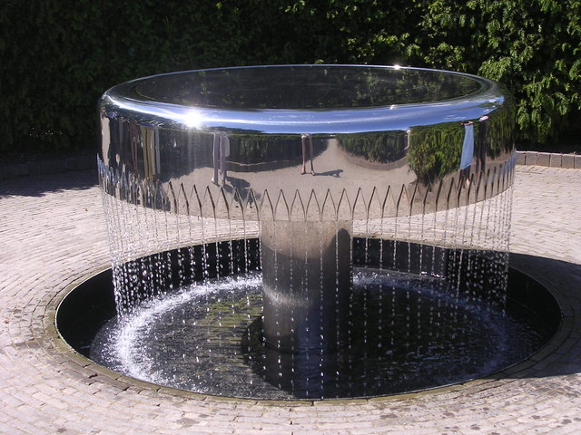 Fountain in Alnwick Garden