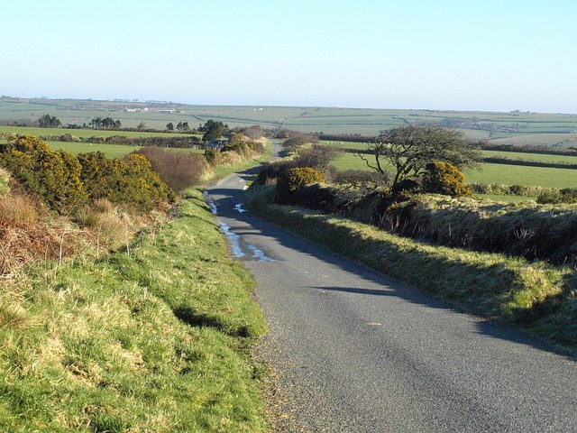 Lane to Trewinnow