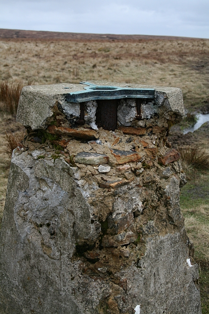 Trig Pillar, White Hill, Moss Moor (2)