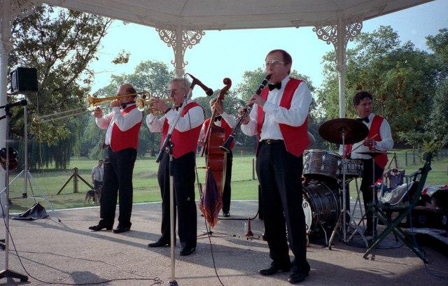 Jazz Band in Queens Park