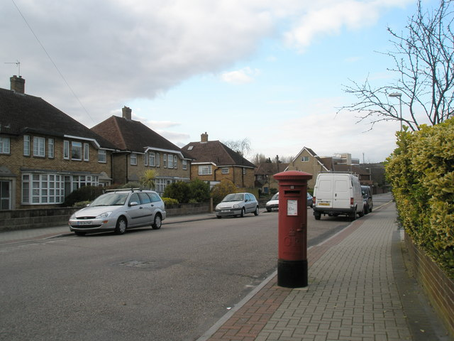 Postbox in The Old Road, Cosham