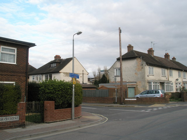 Junction of Pitreavie Road and Tudor Crescent
