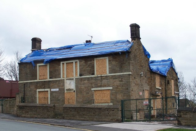 Derelict Dial House Club on Ben Lane, Wisewood