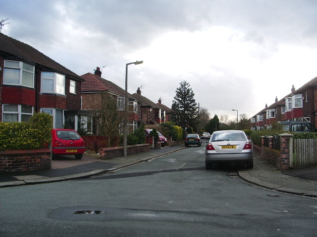 Greenfield Avenue, Eccles