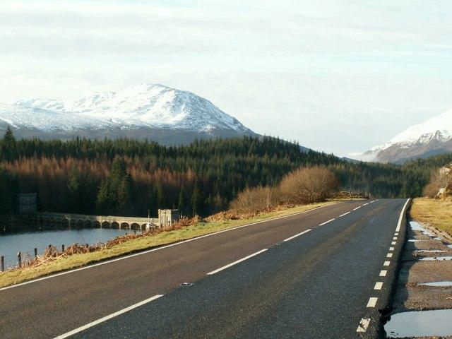 The A86 at Loch Laggan