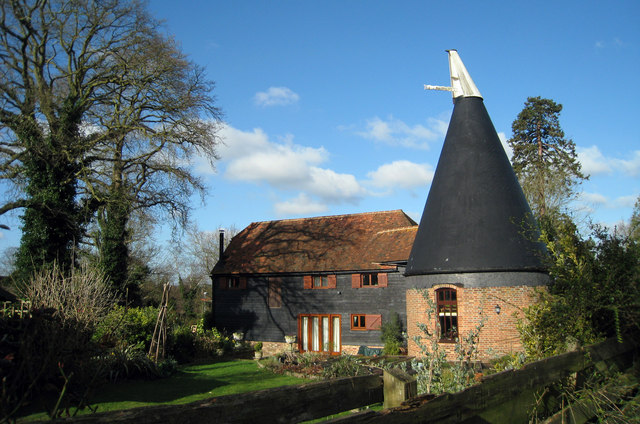 Oak Oast, Hobbs Lane, Four Oaks, Beckley