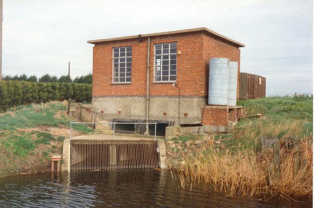 Cock Bank Pump Engine