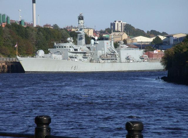 HMS Sutherland on the Tyne
