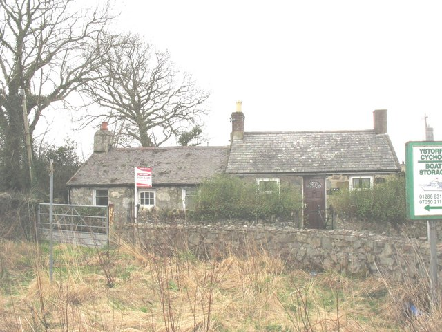Semi-detached cottages at Bethesda Bach
